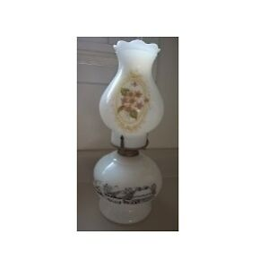Vintage Currier & Ives Milk Glass Kerosene Oil Lamp