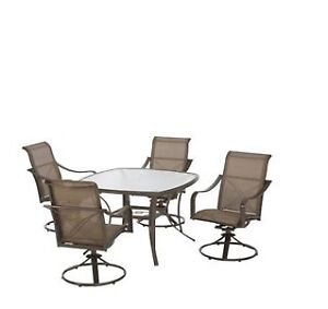 Martha Living Patio Table and Chairs (c/w with free cover)