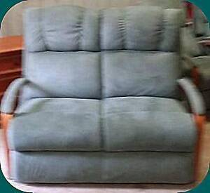 EXCELLENT QUALITY & CONDITION - LAZBOY 2 SEATER LOUNGE CHAIR ONLY Gympie Gympie Area Preview