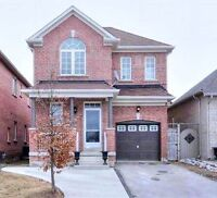 STUNNING 4 BEDROOM HOUSE FOR RENT IN RICHMOND HILL