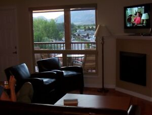 Osoyoos Lakefront Condo :Book now for Spring and Summer
