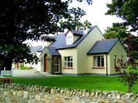 Donegal beach cottages in seaside village of Rathmullan