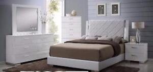 PRE-BOXING DAY SPECIAL SALE!6PC QUEEN SIZE HI-GLOSS WHITE BEDROOM SET $1698