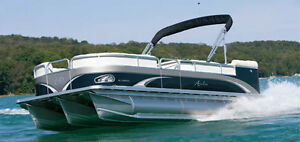 BOAT AND RV CLEANING AND DETAILING EXPERTS