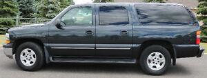 2003 Chevrolet Suburban LS SUV, Crossover