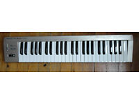 Roland PC180A MIDI Keyboard