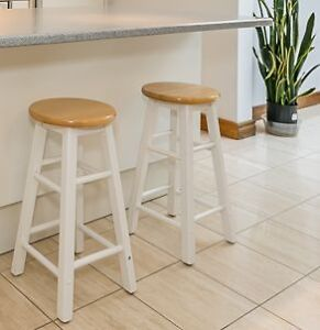 Moving Sale! White Round Wood Bar high chairs 2 wood stools