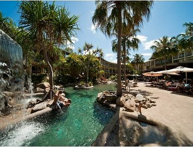 AIRLIE BEACH 2015 SCHOOLIES ACCOMMODATION 4 PERSON ROOM Bayview Heights Cairns City Preview