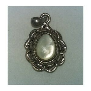 Beautiful Vintage Sterling Silver & Mother Of Pearl Pendant