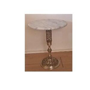 Vintage Mid Century Marble Holywood Regency Filigree Brass Table
