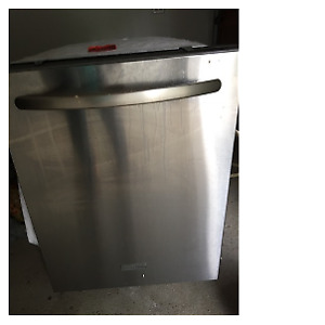 KitchenAid Dishwasher (Stainless Steel)