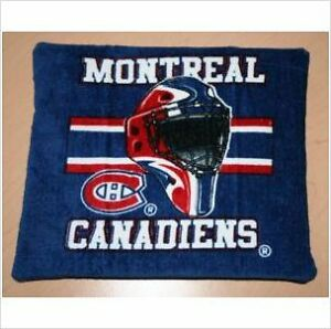 Montreal Canadiens CRINKLE MAT CAT FERRET toy
