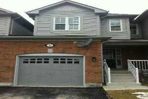 3 BEDROOM TOWNHOUSE FOR RENT-BARRIE - MAPLEVIEW-PRINCE WILLIAM