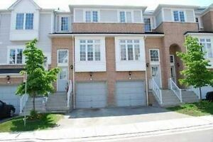 Beautiful Townhouse Backing Into Greenbelt & Pond