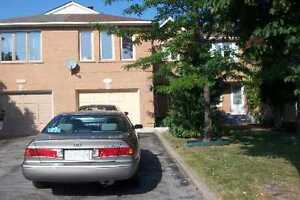 3+1 BR Townhouse very close to Rick Hansen in Mississauga