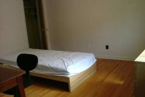 Student Rooms Available for Rent Near Durham College/UOIT