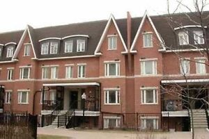 Gorgeous 1 Bdrm condo at Bayview/John in Thornhill