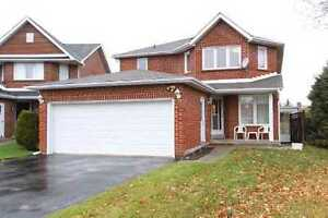 Whole Detached House 5 Bedrooms for Rent [Yonge/Steeles]