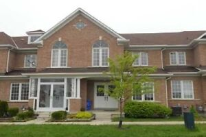 2 Story Townhouse for RENT in Kennedy/407 3Bed 3Bath