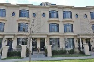 Rare 3 Bdrm Condo Townhouse In Bayview Village