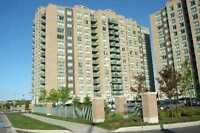 Very good location in Richmond Hill * ALL IS INCLUDE *