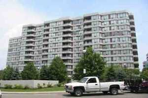 Steels & Bathurst Spacious Condo 2 Bedrooms and 2 Full Washrooms