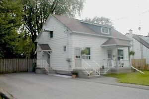 1 Bedroom Unit on 2nd floor in WHITBY DOWNTOWN detached house