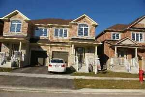 Stouffville Semi-Detached house for lease - 3 Bedrooms + Den