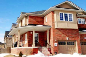 3 Bdrms Townhouse For Rent - Richmond Hill (Leslie/Elgin Mills)