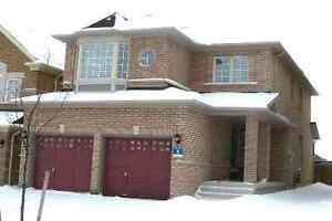 A nice house in Richmond Hill(Bayview & Elgin Mills)