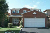 4 BR 4 WR Well Kept Detached House with finish Basement formal