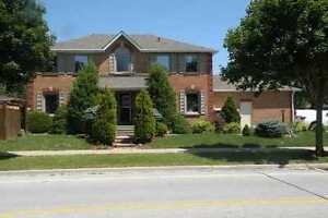 Ready Now: Beautiful 4BR Full house -Maple (Keele & Rutherford)