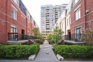 ROOM IN TOWNHOUSE FOR LEASE - Heart of the City