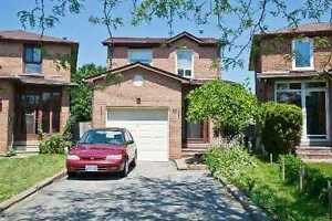 3 Bedrooms House In Markham- Call Now 416-315-7728