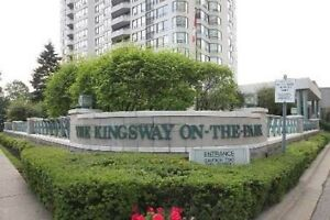 Prestigious Kingsway On The Park. Luxury Living Updated And Chic