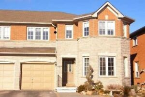 3 bed 3 wash Semi Detached Bayview/Mulock Newmarket For Rent