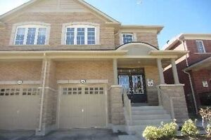 Beautiful Semi 3 Bed 3 Bath Whole Home For Rent nice Location