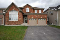Entire Detached Home steps to Upper Canada Mall, move-in June 1