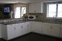 GOURMET KITCHEN/SUPERB 1BEDROOM+DEN 4 WHO VALUE QUALITY LIVING