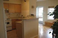 Dufferin/Rutherford 3BR, 4WR Semi + fnsd bsmnt $2100/m See info