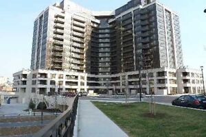 PRIVATE SALE!!!NOT ON MLS!!! 1bdr+Den condo Downsview Sbwy.