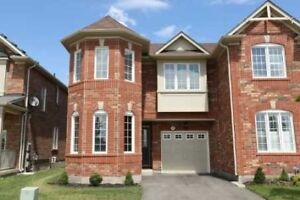End Unit Townhouse For lease!!!