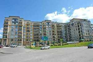 LARGE AND BRIGHT CONDO AT STEELES AND DUFFERIN FOR RENT