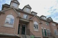 3 Bedroom Townhouse 2.9km from Square One Mall, Mississauga