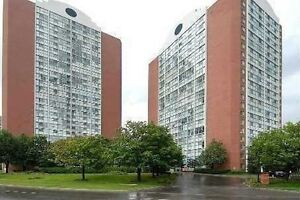 2 Bdrm 2 bath, Heart of Square one, All Inlcusive Maintenance