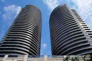 Encore Condos - Carlton St - Spectacular Panoramic Lake Views!