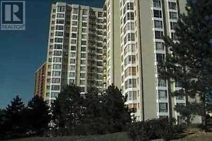 Well Maintained Unit, 2 Beds, 2 Baths, 3077 WESTON Road, Toronto