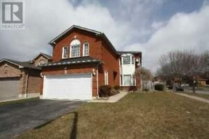 36 WINTERBERRY DR Whitby, Ontario