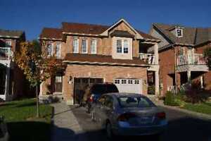Semi Detached House  3+1 BR + Den in Churchill Meadows for Rent