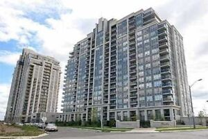 Stunning 2+den condo in the heart of THORNHILL - VAUGHAN